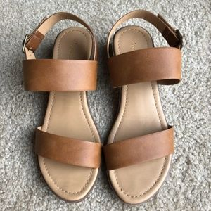 Women's Cityclassified Sandals TAN Size 9